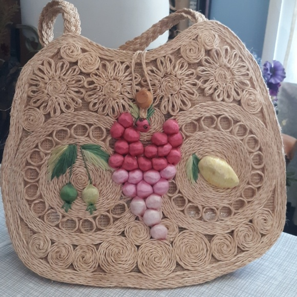 none Handbags - Vintage summer straw bag